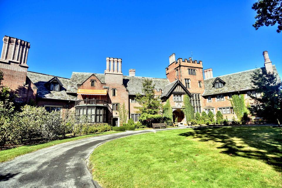 Stan Hywet Hall and Gardens-Akron OH - Interlude Tours